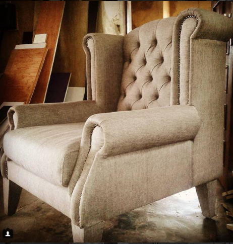 Queen Ann Tufted Armchair