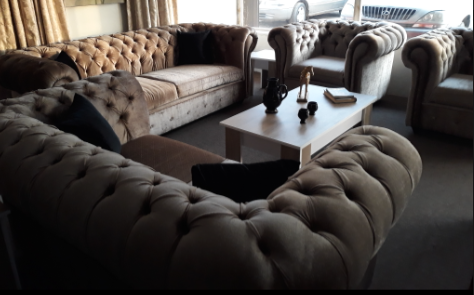 7-Seater Chesterfield Sofa(1 center table + 4 stools inclusive)
